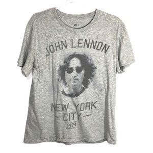 GAP John Lennon Gray Graphic Tee 🧶